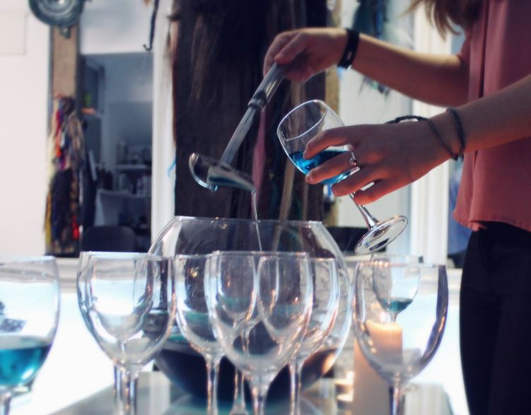 GIK, blå vin