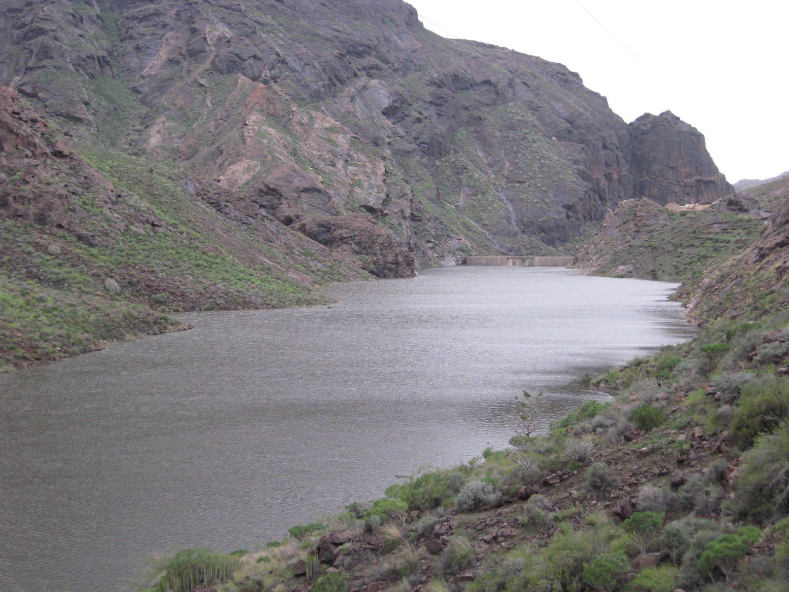 Vista de la presa de Caidero de la Niña
