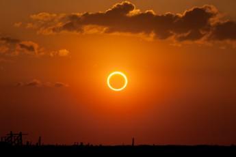 Eclipse solar 2