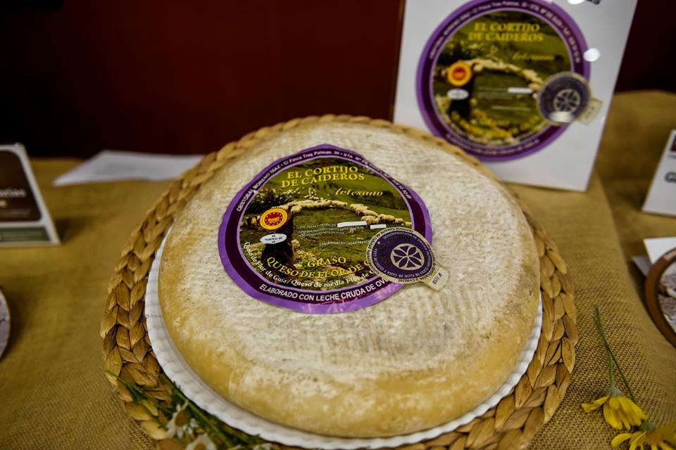 Flor farmhouse cheese Caideros.